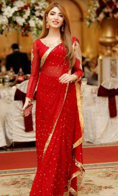 Pakistani Party Wear Dresses, Desi Wedding Dresses, Shadi Dresses, Pakistani Wedding Outfits, Pakistani Dress Design, Indian Dresses, Indian Outfits, Saree Wearing Styles, Saree Styles