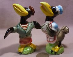 Vintage Dressed Crows s P Shakers | eBay.  'Well. I be done seen 'bout everything when I seen an elephant fly yyy!!!'