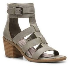 Pin for Later: Wählt eure neuen Schuhe aus: 50 preiswerte Sommerschuhe Madden Girl Gladiator Sandale Madden Girl Isobel Gladiator Sandal ($50)