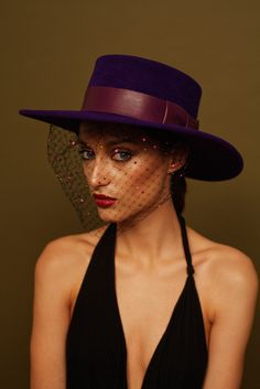 Classic Hats, Fall Hats, Boater Hat, Women's Hats, Fascinator Hats, Custom Hats, Tie Dress, Headpieces, Lady Gaga
