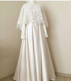 New Dress Brokat White Ideas Source by dsweetdreamer brokat Source by jazminecoconnorjazmine brokat Muslim Wedding Gown, Muslimah Wedding Dress, Muslim Wedding Dresses, Muslim Dress, Dream Wedding Dresses, Bridal Dresses, Wedding Gowns, Dress Brokat Muslim, Hijab Gown