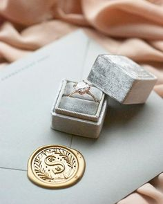 Ring: Susie Saltzman / Ring Box: The Mrs Box / Invitation: Fourteen-Forty
