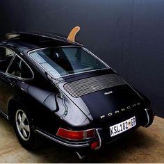 Best classic cars and more! Porsche 912, Porsche Cars, Bugatti Cars, Porsche Classic, Classic Cars, Cool Sports Cars, Sport Cars, Beach House Style, Surfboard