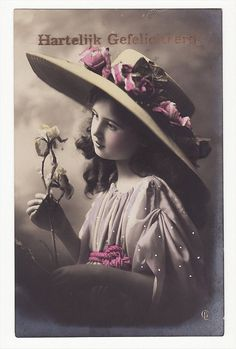 Pretty Girl with Wide Brimmed Hat Vintage Postcard 682bdfc0e673