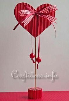 Valentine's Day or Mother's Day Craft for Kids - Paper Heart Kinder Valentines, Valentines Bricolage, Valentine Day Crafts, Valentine Heart, Happy Valentines Day, Holiday Crafts, Heart Decorations, Valentines Day Decorations, Mothers Day Crafts For Kids