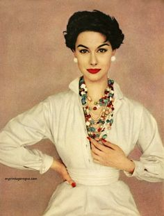 Nancy Berg wearing Claire McCardell / LIFE Magazine 1954