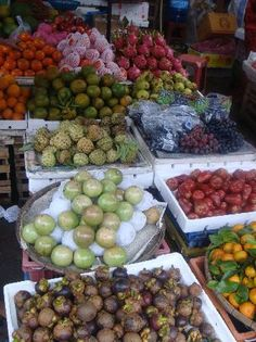Fruit stall in a local Hoi An market #foodie #travel #Vietnam
