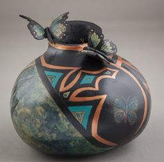 By Lynda Beth Smith, Capital of Texas Gourd Patch Native American Design, Painted Gourds, Gourd Art, A Pumpkin, New Hobbies, Hdr, Tribal Tattoos, Projects To Try, Art Pieces