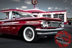 "1960 Pontiac Bonneville - Classic Americana. Who remembers full service gas stations? Get the print over at www.gearheadz.biz. $45.00 and FREE priority shipping in the US! (24""x36"")"