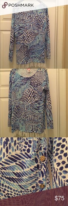 Lilly Pulitzer Ramona sweater Barely worn Ramona sweater in Blue Tang Gang. Beautiful colors and light airy fit Lilly Pulitzer Sweaters Crew & Scoop Necks