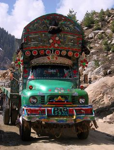 Truck art in Pakistan Truck Art Pakistan, Pakistan Zindabad, Gypsy Wagon, Silk Road, World Cultures, Incredible India, Fast Cars, Time Travel, Autos