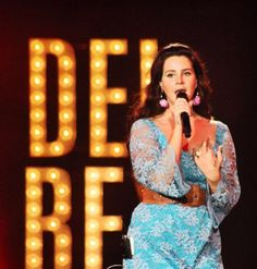 Lana performing at 'Aaron's Amphitheatre', Atlanta, Georgia (Jun. 14, 2015) #TheEndlessSummerTour