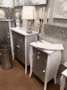 aparadores, sinfonier, recibidores, en colores plata y blanco. Más en www.virginia-esber.es