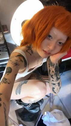 Artists And Models, Grunge Girl, Cute Tattoos, Pretty Hairstyles, Hair Inspo, Pretty People, Dyed Hair, Cami, Hair Makeup