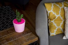 ou want a cute plant home that reflects your style and personality, much like this blush pink DIY Sprinkle Planter. If you want to see how to make your own then simply follow the tutorial down below!