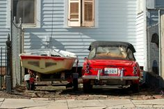 #nola #lifegoals while wandering in Carrollton.  #alwaysneworleans  #datsun #boats #oldcars #igersneworleans #driveway by notrex