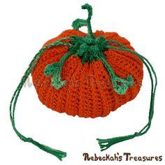 Pumpkin Treats Coin Purse by @beckastreasures | Free Crochet Pattern via A Designer's Potpourri Year-Long CAL with @countrywillow12, @crochetmemories, @Sherrys2boyz & @ArtofaDG for October 2016 | #pumpkin #crochet #purse #autumn | Join today!