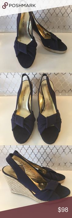⭐️DONALD J PLINER WEDGES 💯AUTHENTIC DONALD J PLINER WOMENS WEDGES 💯AUTHENTIC. STUNNING AND STYLISH. TRUE HIGH END STYLE AND FASHION! BEAUTIFUL IN NAVY BLUE AND TAN. THEY ARE A SIZE 7.5 M Donald J. Pliner Shoes Wedges