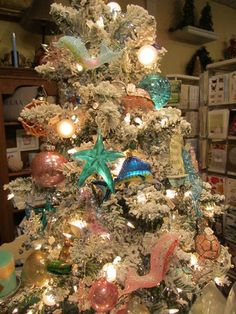 Coastal Tree at Seasons, Madison, NJ...love the theme, the colors. Makes me long for a house at the beach.