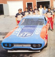 Richard Petty Plymouth and crew