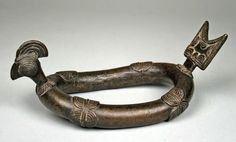 Africa | A 'Rooster' anklet from the Nuna (?) people of Burkina Faso, Black Volta River region | 19th–20th century | Brass