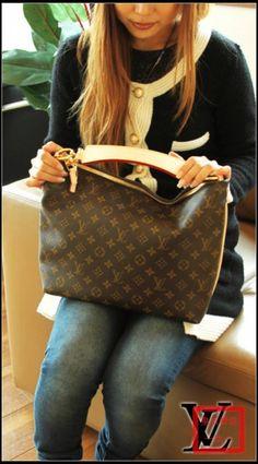 Louis Vuitton Sully PM M40586 http://www.ebuypurses.com/louis-vuitton-sully-pm-m40586-p2359.html