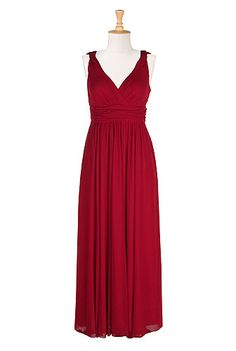 ~ Grecian style red Maxi dress ~ Did something I've never done and totally bought this dress, can't wait to get it! The first 10 NEW customers can save $TWENTY BUCKS$ with this coupon: RAC26DER16