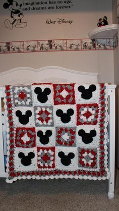Mickey Mouse and Minnie Mouse Crochet Blanket by KathieSewHappy / Source: etsy.com