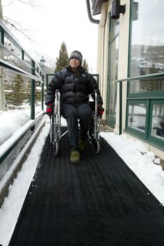 Industrial Walkway Mats are ideal for wheelchair ramps, loading docks, sidewalks, and rooftops.