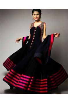 True splendor can come out of your dressing trend with this black and pink bordered net ethnic gown. Bollywood Dress, Pakistani Dresses, Indian Dresses, Bollywood Party, Indian Bollywood, Bollywood Fashion, Rent Dresses, Party Wear Dresses, Casual Dresses
