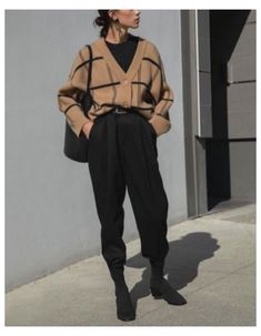 21+ Fashion Inspo Winter Classy #sock #boots #outfit #classy #sockbootsoutfitclassy 21+ Fashion Inspo Winter Classy Aesthetic Fashion, Look Fashion, Aesthetic Clothes, Fashion Outfits, Classy Fashion, Fashion Pants, Modern Mens Fashion, Aesthetic Outfit, Young Fashion