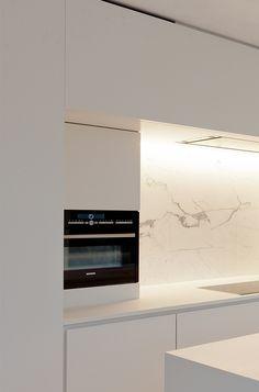 Built-in kitchen design by Filip Deslee.