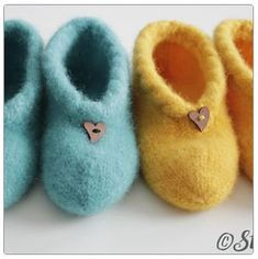 Baby Barn, Knit Mittens, Drops Design, Baby Knitting Patterns, Kids And Parenting, Wool Felt, Diy And Crafts, Knit Crochet, Sewing Projects