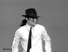 hi there! this blog is 100% michael jackson: i make gifs, edits of pictures of him, and i take...