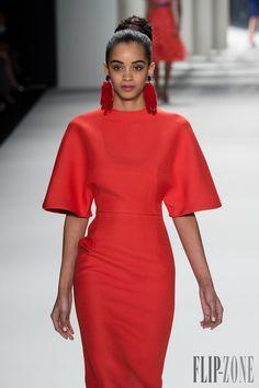 Carolina Herrera Fall-winter 2014-2015 - Ready-to-Wear - http://www.flip-zone.net/fashion/ready-to-wear/fashion-houses-42/carolina-herrera-4524 - ©PixelFormula