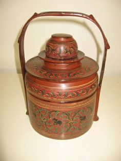 BURMESE LACQUER FOOD CARRIER Tiffin Carrier, Rice Box, Straw Art, Spa Interior, Chinese Furniture, Household Chores, China, Burmese, Types Of Houses