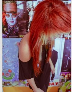 Awesome hair:) her tumblr is luciidkitties