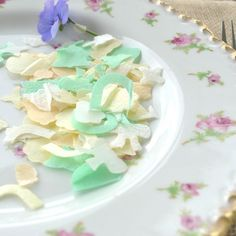 natural confetti heather and lavender bud recycled tag confetti ideas pinterest shops bud and lavender
