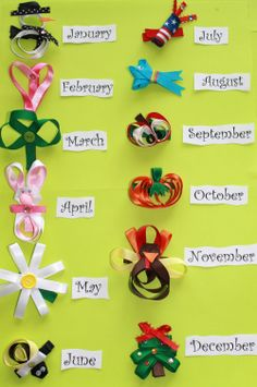 Months of the Year Sculpture Hair Bows Set = cute. Could make as pins instead of hair bows. Making Hair Bows, Diy Hair Bows, Diy Bow, Bow Hair Clips, Ribbon Art, Ribbon Crafts, Ribbon Bows, Diy Crafts, Ribbon Flower