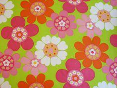 Vintage 70's Flower Power Daisy Fabric   by Niesz Vintage Fabric
