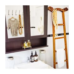 Anyone know where I can get a ladder like this at short notice in the UK? Vintage / Antique even better. Ladders, Vintage Antiques, Mirror, Bathroom, Furniture, Home Decor, Stairs, Washroom, Staircases