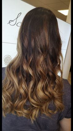 Balayage hair color Hair Color Balayage, Long Hair Styles, Beauty, Beautiful, Shaving Machine, Barber Salon, Hair Stylists, Balayage Hairstyle, Dressmaking