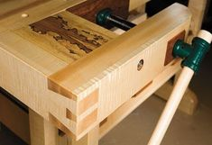 Craftsmans-workbench-woodworking-plans-08.jpg (430?295)