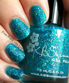 Nail art  summer shades of teal glitter For more fashion and wedding inspiration visit www.finditforweddings.com Nails