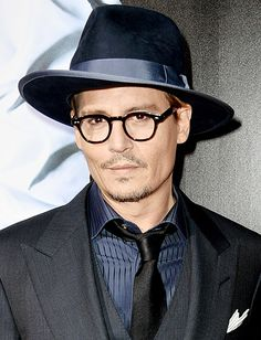 Johnny Depp quirky characters like Captain Jack Sparrow and Edward Scissorhands,Pirates of the Caribbean, for 2004's Finding Neverland, and Sweeney Todd: The Demon Barber of Fleet Street.