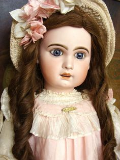 Very nice and large antique Jumeau Bebe in original box, size 15. from les-fees-du-temps on Ruby Lane
