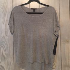 Forever 21 pocket t-shirt Gray and black pocket t-shirt, great for layering and underneath flannels ! Forever 21 Tops Tees - Short Sleeve