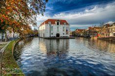delft foto's   Delft,foto`s,Stadhuis,Oostpoort,lichtjesavond
