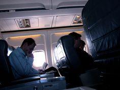 ¿Hasta qué punto es necesario apagar el móvil en el avión? http://www.guiasamarillaspress.es/__n547176_6336_guias-amarillas--hasta-que-punto-es-necesario-apagar-el-movil-en-.html