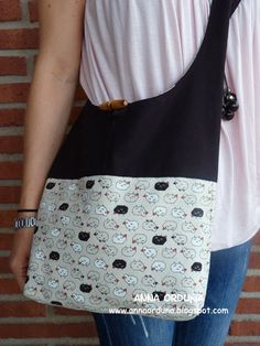 Anna Orduña - Mi Rincón de Patchwork: Mi nuevo bolso Designer Backpacks, Quilted Bag, Zipper Bags, Tote Handbags, Bag Making, Purses And Bags, Reusable Tote Bags, Sewing, Sew Bags